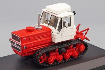 Трактор Т-150 гусеничный, красный (1/43)