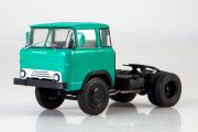 КАЗ-608 седельный тягач, зеленый (1/43)