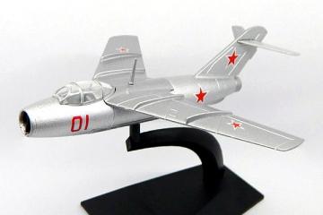 Самолет Ла-15 (1/87)
