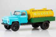 Горький-53 АЦПТ-3,3 'Молоко', синий/желтый (1/43)