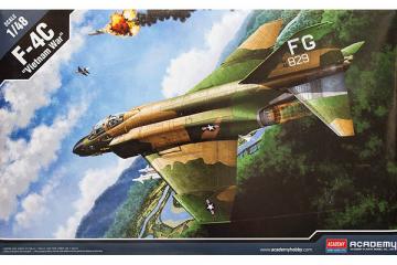 Самолет F-4C (1/48)