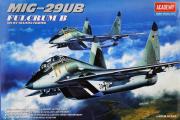 Самолет Mig-29UB (1/48)
