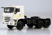 КАМАЗ-65225 седельный тягач 6х6, белый (1/43)