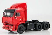 КАМАЗ-6460 седельный тягач со спойлером 6х4, красный (1/43)