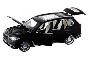 BMW X7 (свет, звук), черный (1/32)