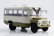Автобус КАВЗ-3270, белый/зеленый (1/43)